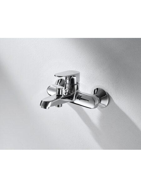Смеситель  ALFA для ванны с коротким изливом Bravat F6120178CP-01